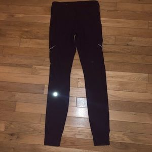 Women's Lululemon athletic leggings pants